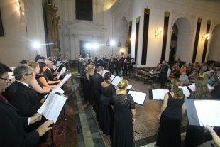 Un concierto para dar gracias - Los integrantes del Coro durante el concierto de apertura de la temporada 2018, que se realizó a fines de febrero en el Santuario Nuestra Señora de los Milagros, el mismo espacio elegido para el cierre.  -