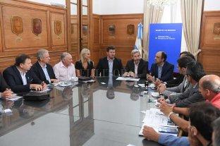 Nación financiará obras de renovación  urbana en municipios santafesinos  - Frigerio reunió a 24 jefes territoriales santafesinos para la firma de los acuerdos para obras en esas tantas localidades. -
