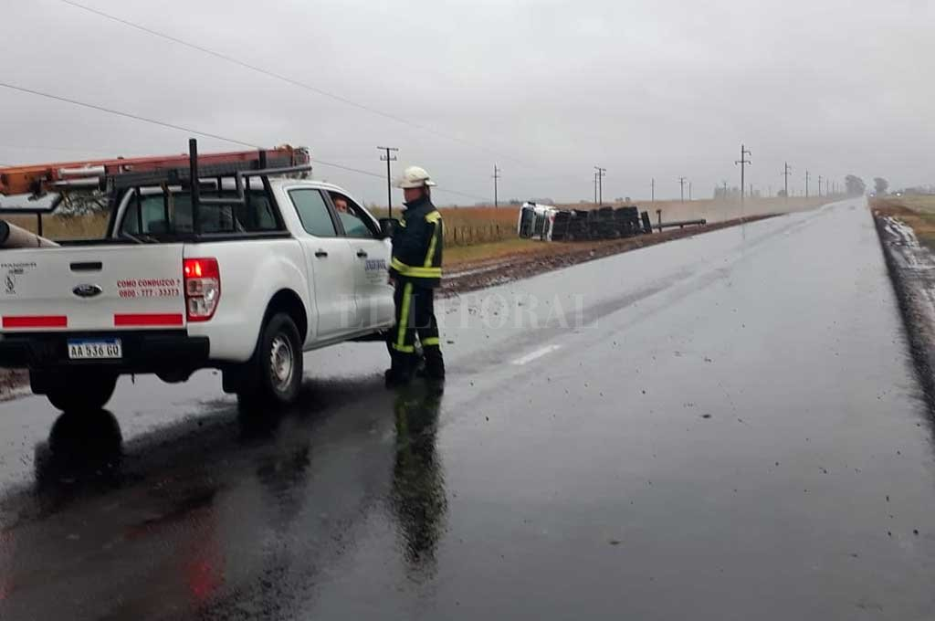 Volcaron dos camiones en el norte de Santa Fe
