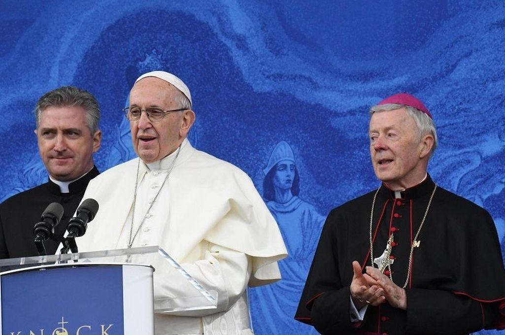 El vaticano organiza reuniones con víctimas de abusos