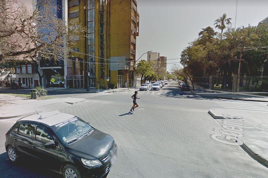 Desde este miércoles cambia el sentido de circulación en un tramo de calle Güemes