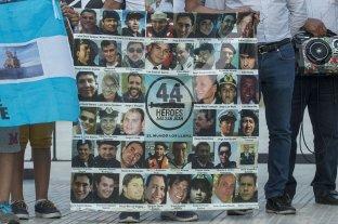 Abrieron y filmaron los lockers de los marinos del ARA San Juan -  -
