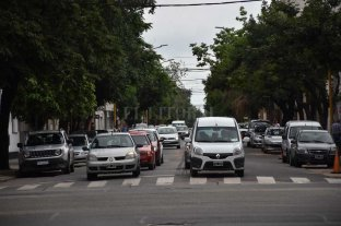 Cómo funcionó el cambio de circulación de Güemes - Uno de los objetivos del cambio es que al ser mano única ese tramo no se produzcan demoras ni largas colas en el semáforo de Güemes y Bulevar.  -
