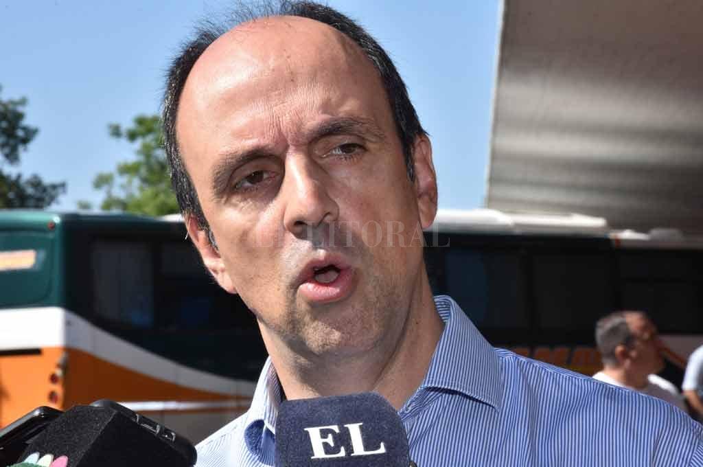 El intendente explicó los alcances del crédito que por el momento no se aprueba por parte del Concejo <strong>Foto:</strong> Flavio Raina