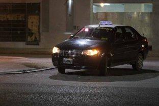 Hirieron a un taxista en un asalto