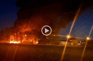 Voraz incendio en Sauce Viejo