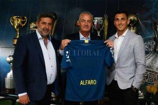Boca presentó oficialmente a Alfaro