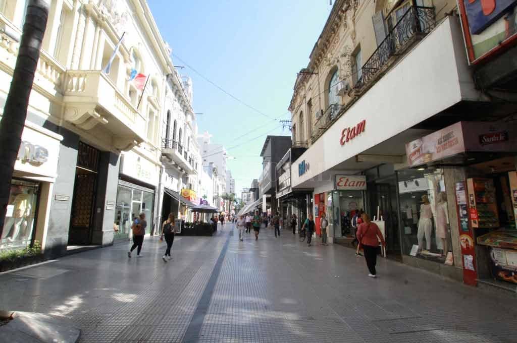 El hecho se produjo en pleno centro de la capital provincial <strong>Foto:</strong> Guillermo Di Salvatore