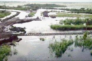 """Bertoni: las vías son como """"una barrera"""" para el agua"""