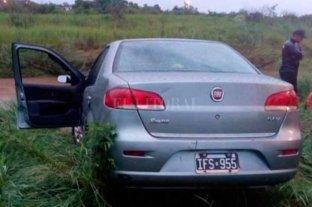 Un auto cayó a un arroyo desbordado por el temporal en Corrientes y madre e hija murieron ahogadas