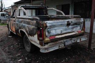 Incendiaron una camioneta en Santo Tomé