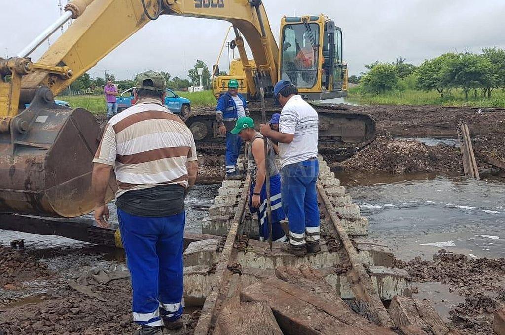 Trenes Argentinos construye alcantarillas para mitigar los anegamientos en el norte provincial