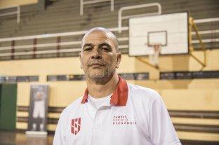 """Sergio Hernández: """"Estamos en pleno recambio generacional"""" - Sergio Santos Hernández. El destacado entrenador, se refirió a una gran cantidad de temas que tienen que ver con la actualidad del básquetbol local, nacional e internacional. -"""