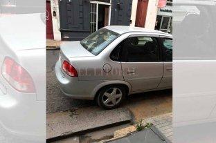 El hartazgo de una vecina que no puede sacar el auto de su cochera