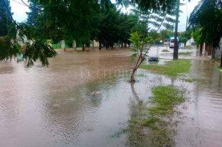 Tostado bajo agua  - UN MAR. El intendente de Maulen confirmó que el 100% de la ciudad está anegada.