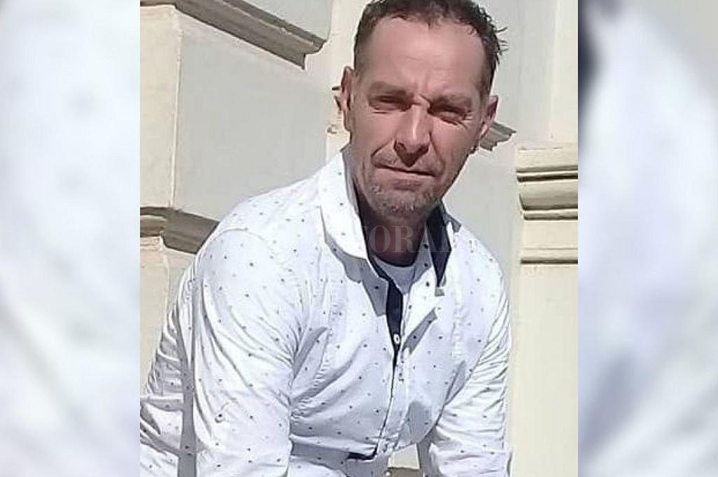 El acusado por el femicidio de Agustina no fue velado y ningún familiar asistió a la sepultura - Pablo Trionfini. -