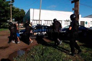 Detuvieron a tres hermanos en allanamientos en Barrio 29 de Abril