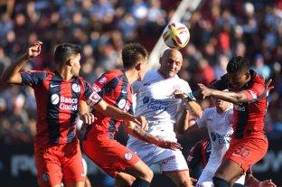San Lorenzo y Huracán empataron sin goles en el clásico -  -
