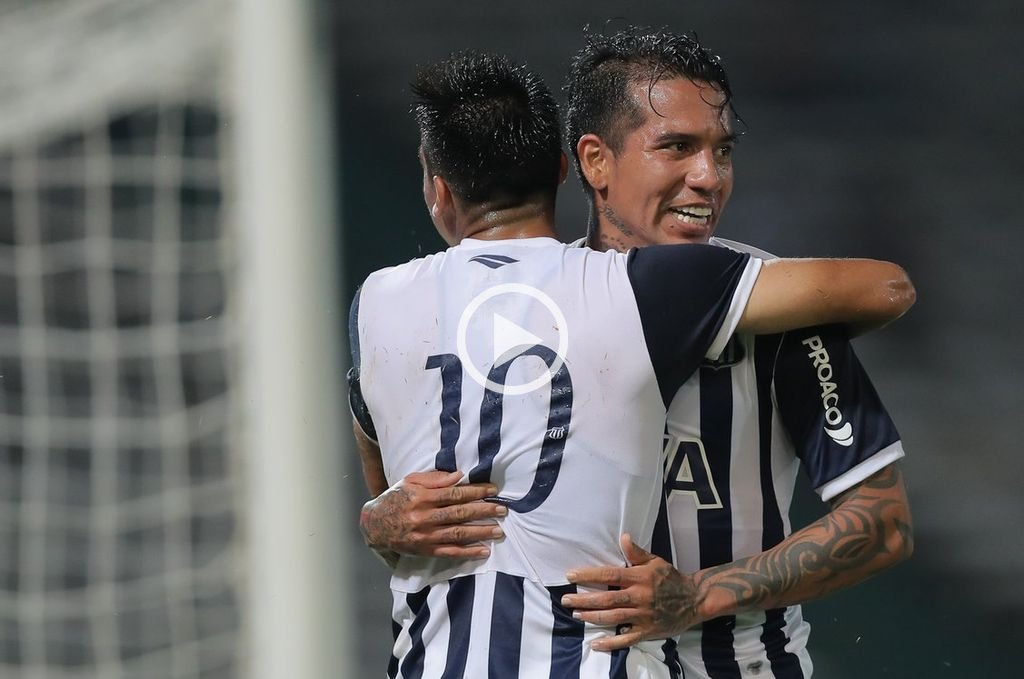 Talleres derrotó 2 a 0 a Belgrano en el clásico cordobés