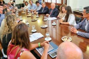 Lifschitz se reunió con la comitiva del Ministerio de Relaciones Exteriores y Culto de la Nación -  -