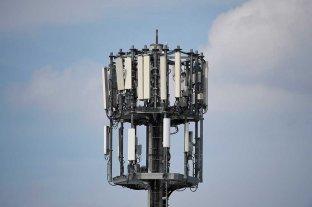 Apuran por decreto nuevas bandas en el negocio del 4G  -  -