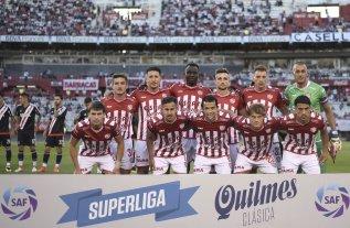 """River: """"pavada"""" de rival para Unión en el debut oficial de 2019"""