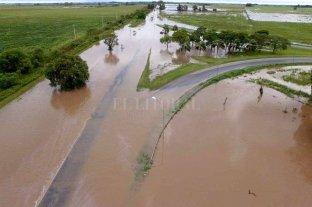 Emergencia hídrica: cuáles son las rutas que están cortadas - Cruce de las rutas 11 y 4. -