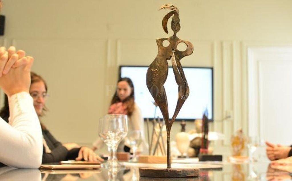 El premio tiene tres categorías: una de prensa escrita, otra de radio, audiovisual y fotoperiodismo, y una especial concedida por el jurado. <strong>Foto:</strong> Gentileza Prensa Laura Mondino