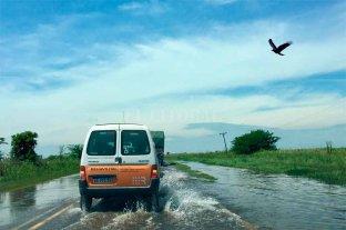 Dos rutas santafesinas complicadas por agua en calzada