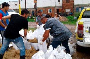 Vuelta del Paraguayo: nueve familias  autoevacuadas por la crecida del río