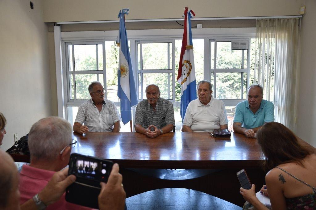 José Weber junto al ex gobernador Víctor Reviglio, en el PJ santafesino. <strong>Foto:</strong> Flavio Raina