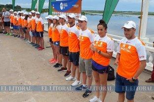 Los nadadores se presentaron en la costanera corondina