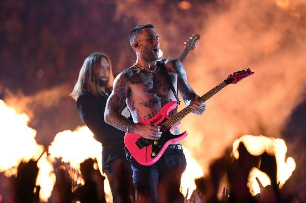 Maroon 5 fue el grupo que encabezó el show del medio tiempo en la edición número 53 del Super Bowl <strong>Foto:</strong> Archivo
