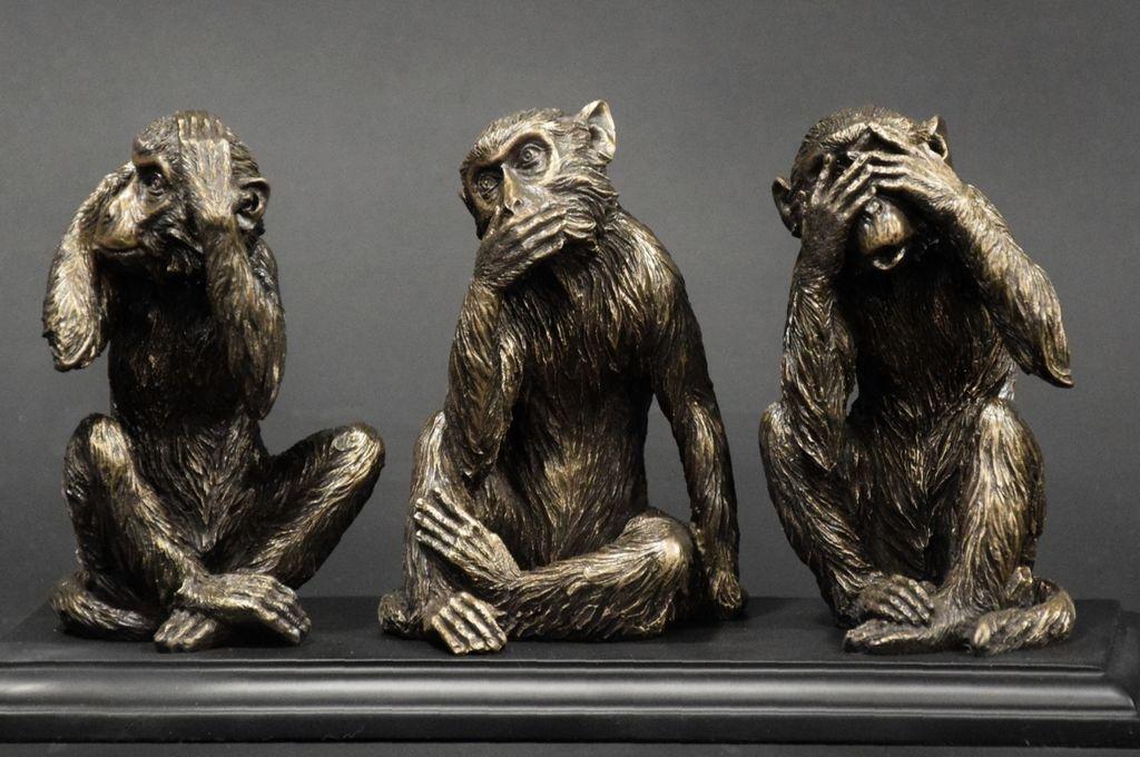 Los tres monos sabios. Uno no mira, otro no habla, el tercero no escucha. Crédito: Internet