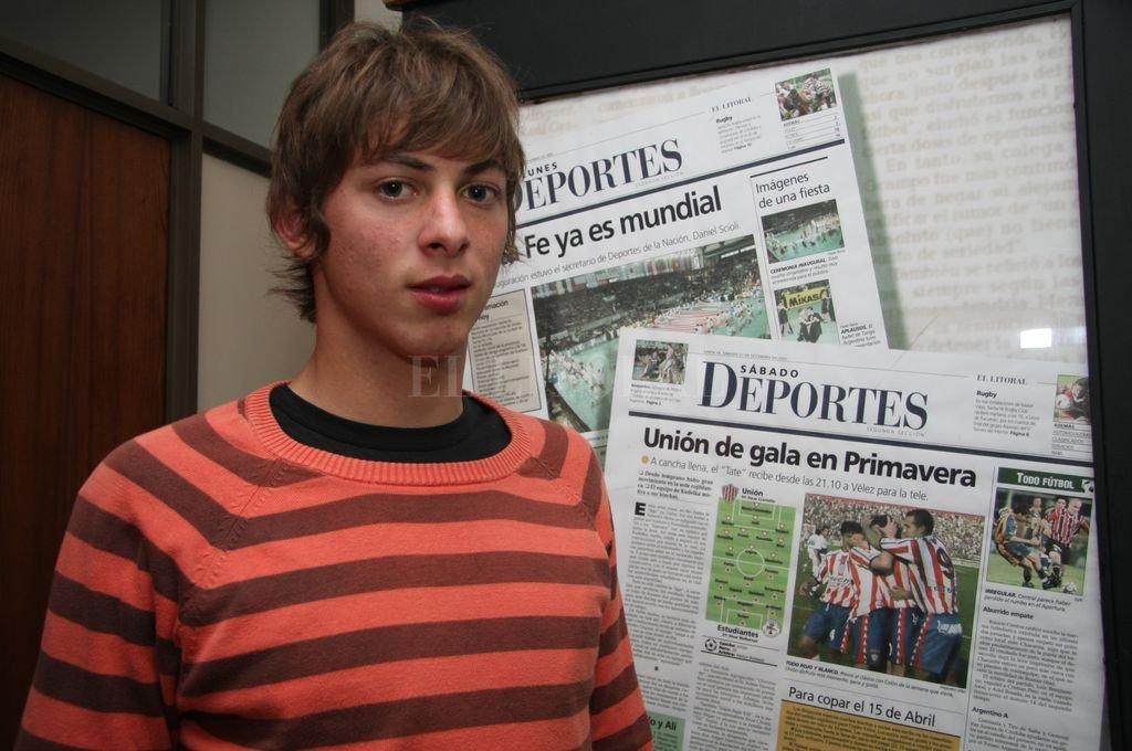 Emiliano Sala en una visita que hizo en el 2008 a El Litoral, cuando comenzaba su derrotero en Francia. <strong>Foto:</strong> Alejandro Villar
