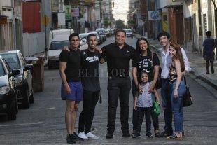 Venezolanos en Santa Fe: cómo emigraron y qué hacen en la ciudad