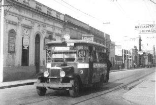 """De monedas y """"picaboletos"""": cómo era viajar en colectivo hace 70 años"""
