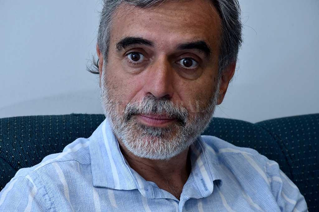 """Miguel González, senador por La Capital, compara a Santa Fe con """"el ajuste nacional"""". Crédito: El Litoral."""