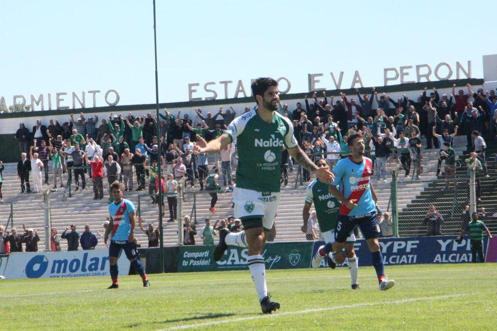 Sarmiento vs Arsenal, los dos punteros del torneo <strong>Foto:</strong> Archivo