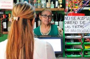 """Cartel viral: """"No se acepta dinero de las tetas (no sea cochina)"""""""