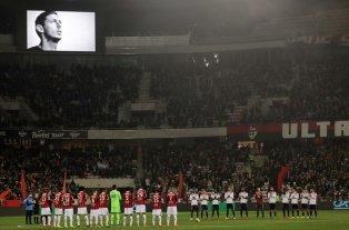 Emiliano Sala: En los partidos de Champions y Europa League harán un minuto de silencio