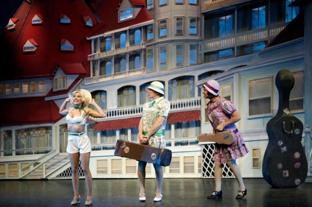 El clásico de Broadway protagonizado por Laurita Fernández y Federico DElía llegó a la ceremonia con nueve nominaciones <strong>Foto:</strong> Gentileza Infobae