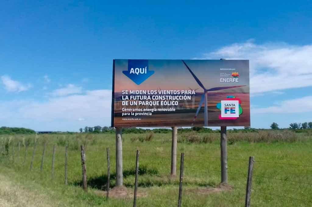 """AVANCES. """"Para construir el Parque Eólico en Sa Pereira, la idea es buscar inversores privados que se quieran sumar al proyecto e invertir en energías renovables en nuestra provincia"""", precisó Colombo. <br /> <strong>Foto:</strong> El Litoral"""