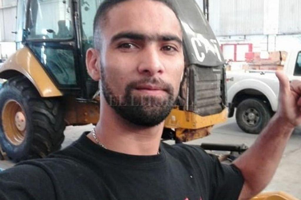 El venezolano-argentino Nelson Belisario Bolívar Roswil (31), principal acusado del homicidio de Braian Fillip (28), escapo a un operativo y es intensamente buscado. <strong>Foto:</strong> Captura digital