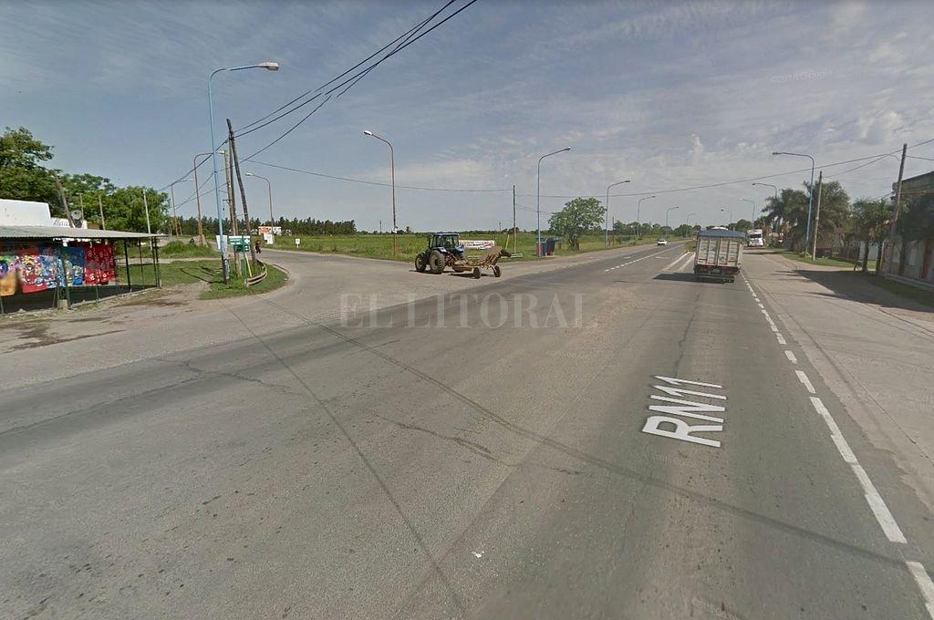 Cruce de las rutas Nacional N° 11 y Provincial N° 5, a metros de donde se produjo el accidente. <strong>Foto:</strong> Captura digital Google Maps Street View