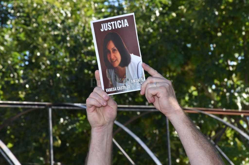 """La memoria de la """"seño"""" Vanesa Castillo sigue viva en la docencia santafesina"""