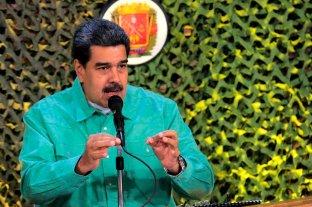 Maduro le pidió la renuncia a todos los ministros