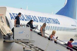Aerolíneas Argentinas alcanzó en febrero la mejor marca de puntualidad de su historia -  -