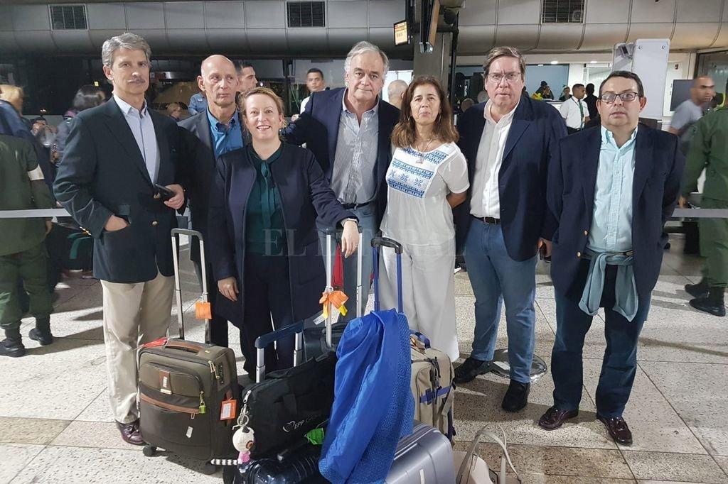 Venezuela: bloquearon la entrada de diputados europeos que iban a reunirse con Guaidó