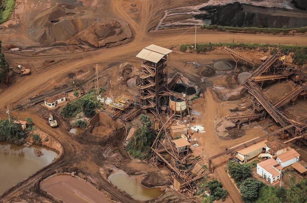 La tragedia de la represa Vale dejó al menos 169 muertos y 141 desaparecidos bajo el lodo. <strong>Foto:</strong> Archivo El Litoral